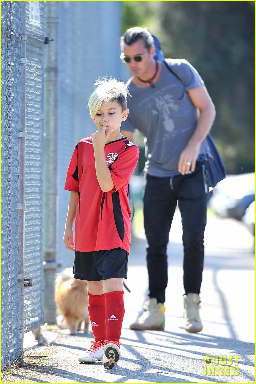 gwen stefani gavin rossdale keep busy over the weekend 052985736