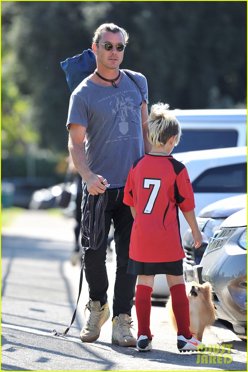 gwen stefani gavin rossdale keep busy over the weekend 11