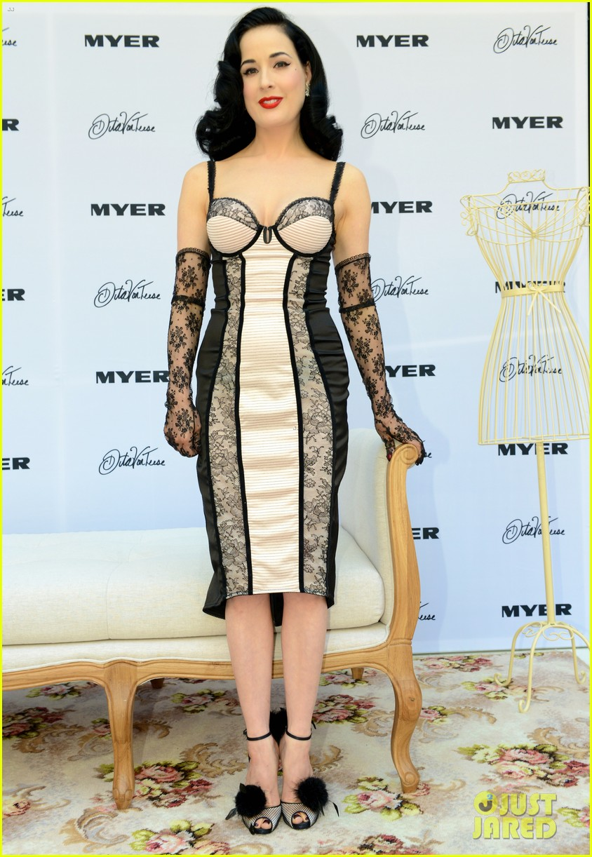 dita von teese debuts new lingerie collection in melbourne 132987536