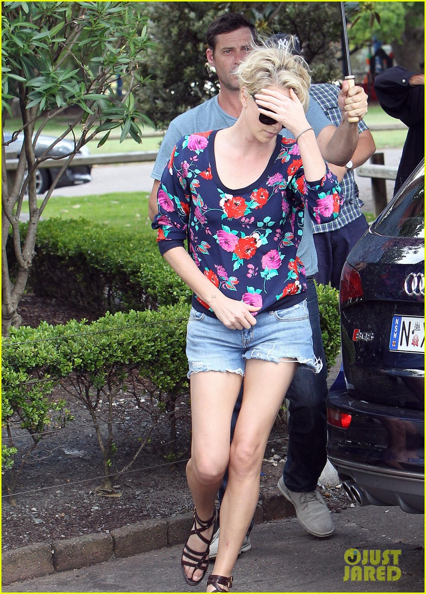 charlize theron sydney outing with her little man jackson 112999872
