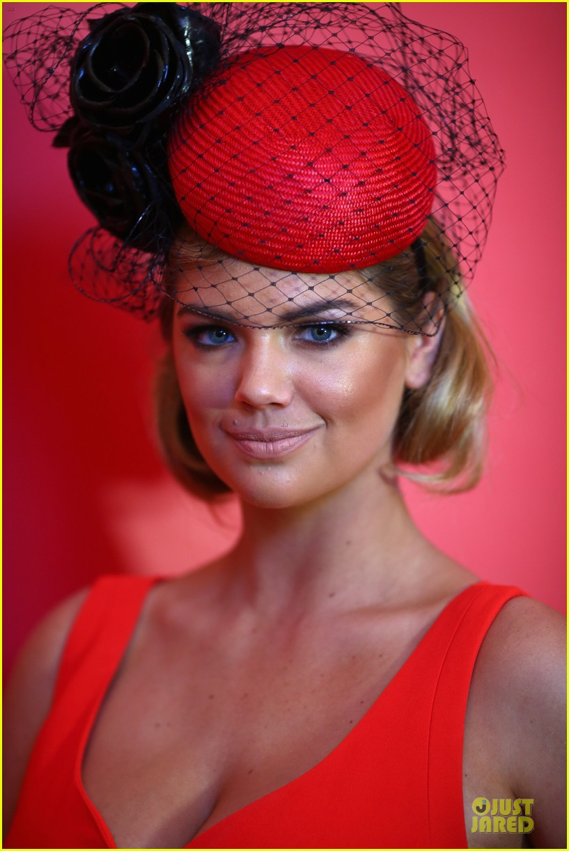 kate upton red hot cleavage for melbourne cup day 11
