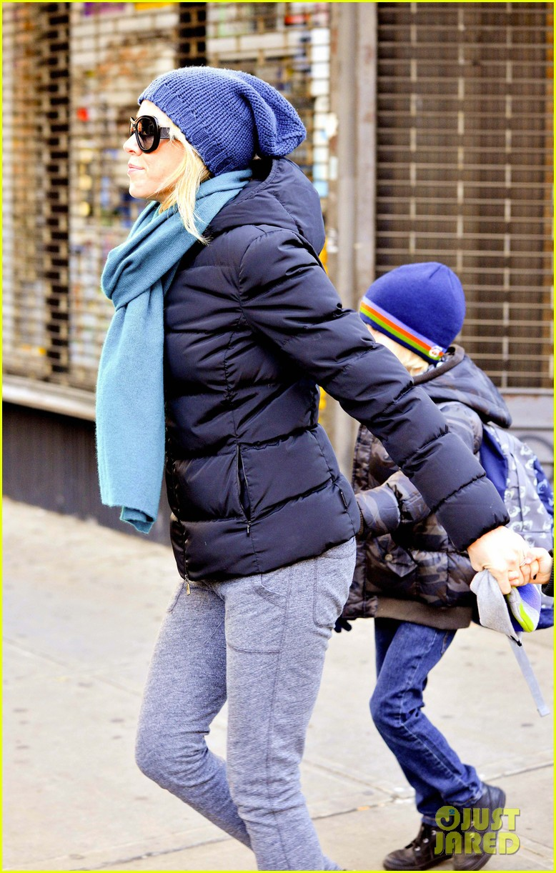 naomi watts braves chilly weather for school walk 02