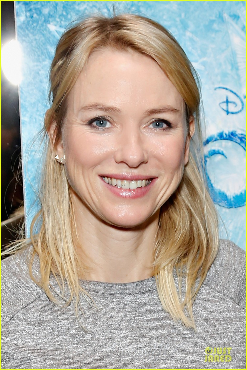 naomi watts frozen nyc screening with sasha 06