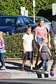 reese witherspoon jim toth grab pre thanksgiving lunch 05