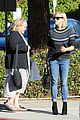 reese witherspoon jim toth grab pre thanksgiving lunch 23