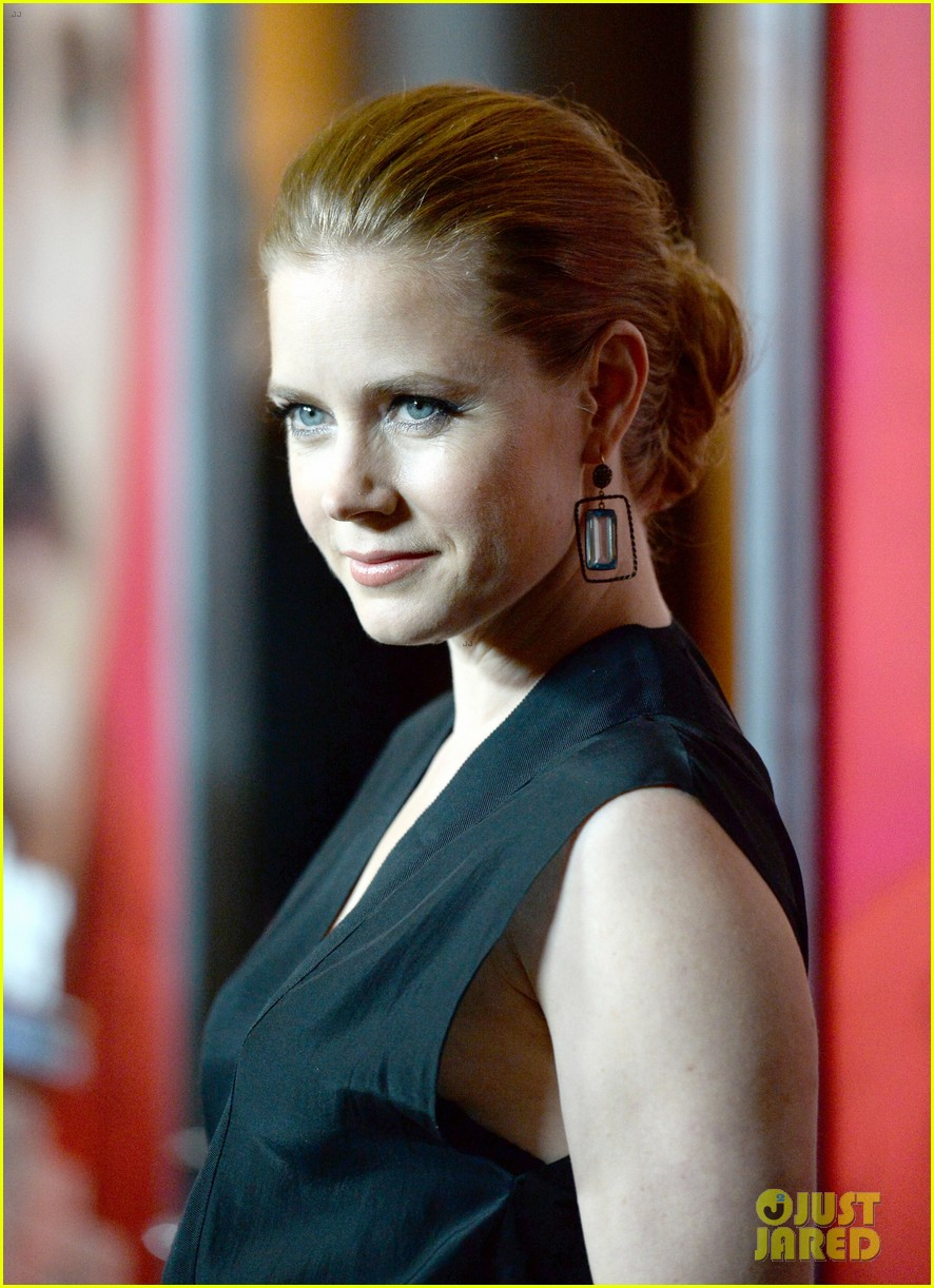 amy adams joaquin phoenix her los angeles premiere 053011033