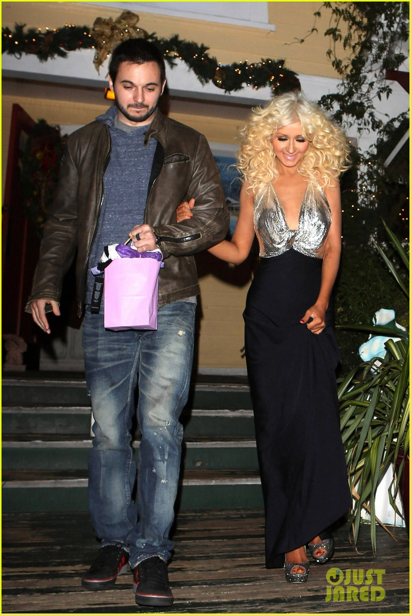 christina aguilera matthew rutler off vine dinner after the voice finale 05