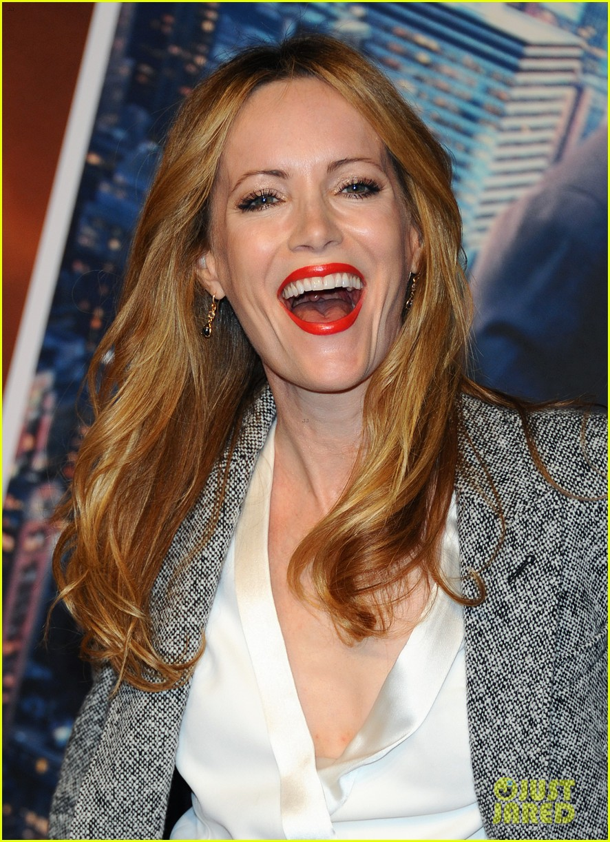christina applegate leslie mann anchorman 2 london premiere 043010030