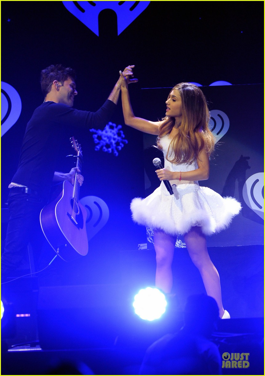 ariana grande enrique iglesias 1027 kiis fm jingle ball 31