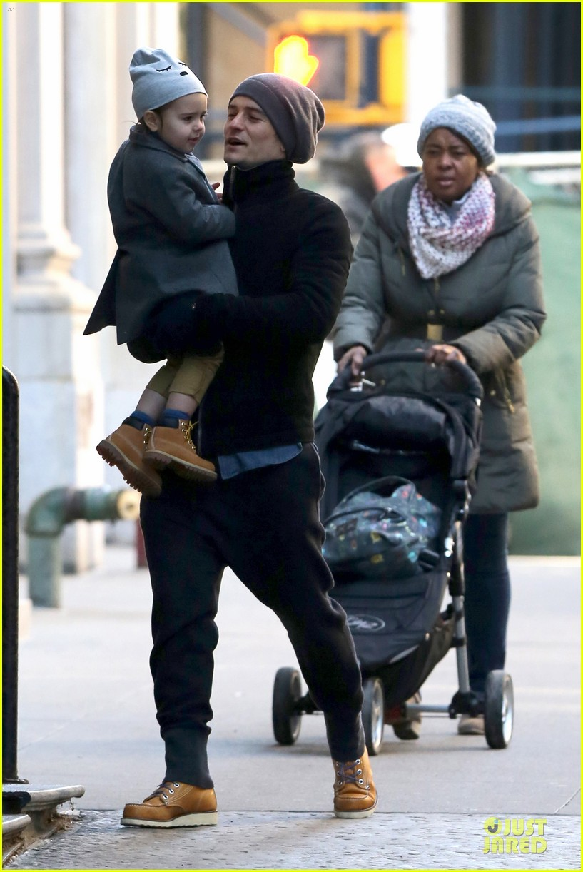 orlando bloom flynn beanie matching father son duo 273013201