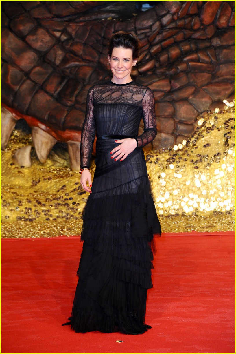 orlando bloom evangeline lilly hobbit berlin premiere 083008532