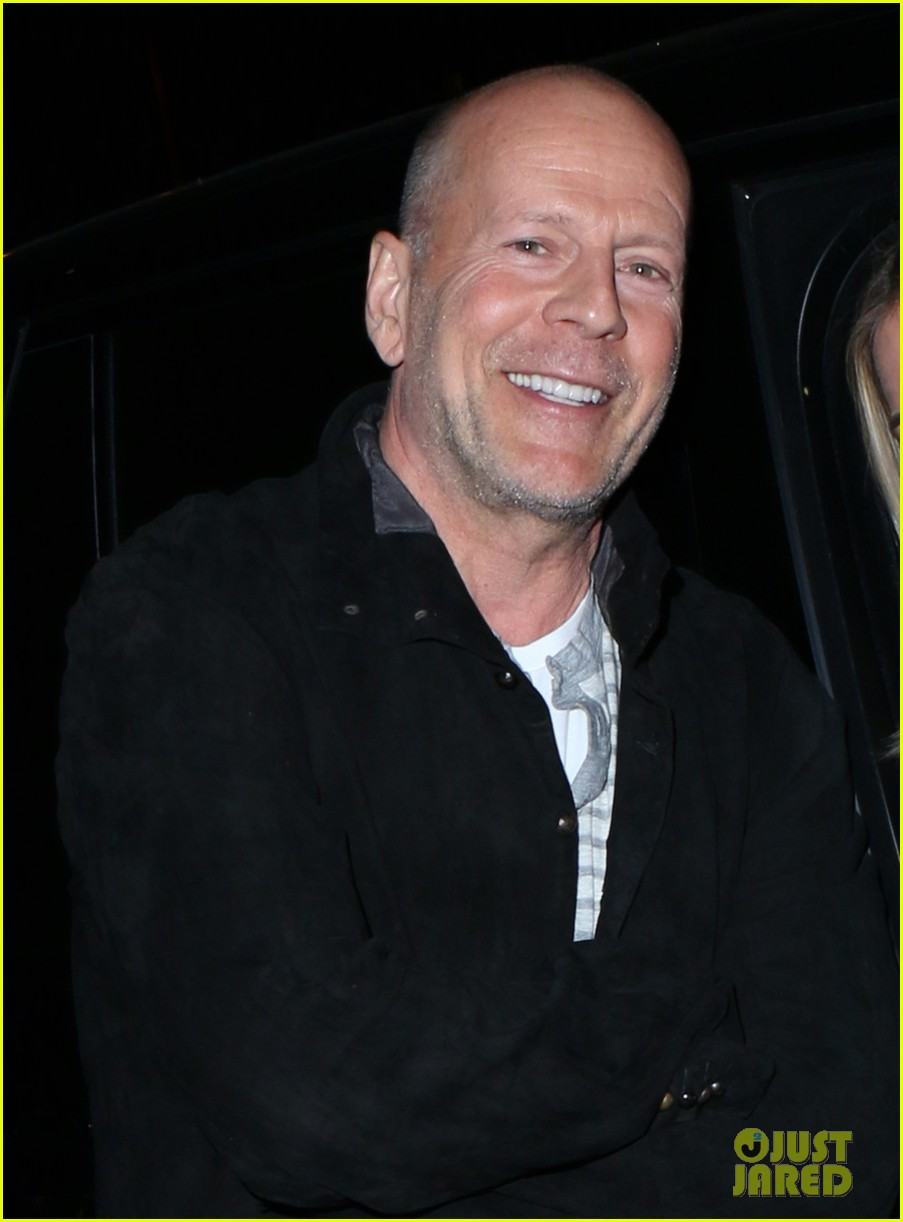 bruce-willis-saturday-night-dinner-chris