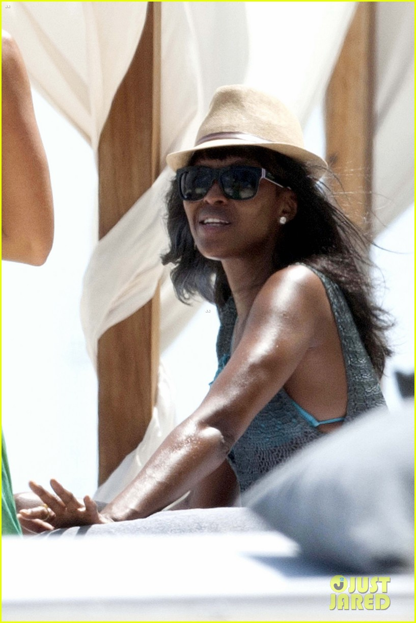 naomi campbell rocks a blue bikini at the beach in kenya 103019310