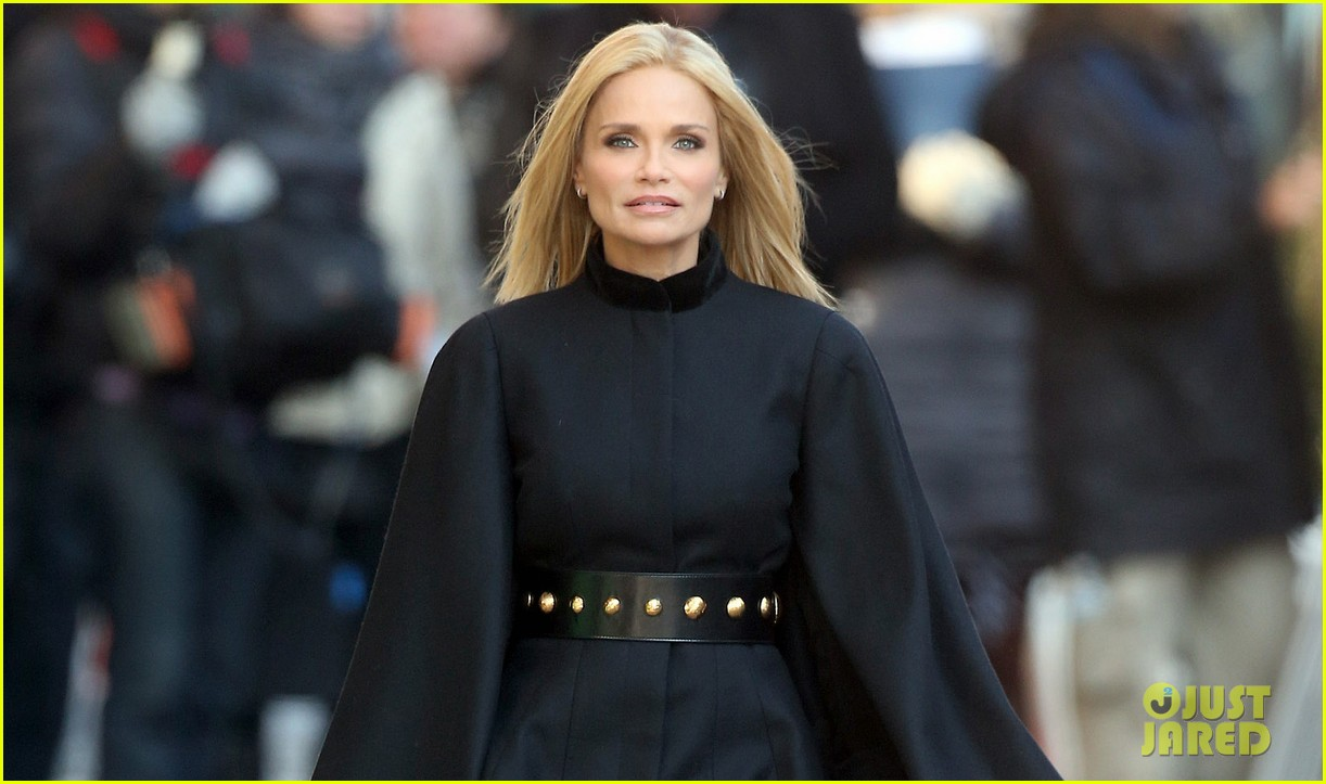 kristin chenoweth makes fashion statement at photo shoot 02