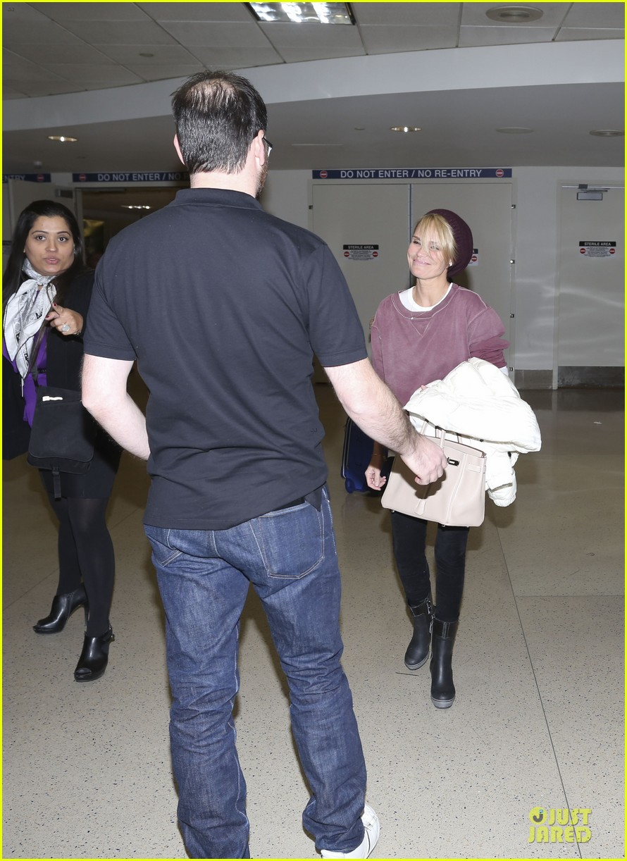 kristin chenoweth lax airport pick up from dana brunetti 11