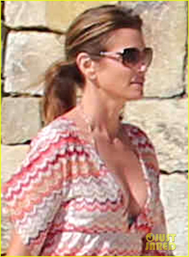 cindy crawford bikini cover up cabo beach party 02