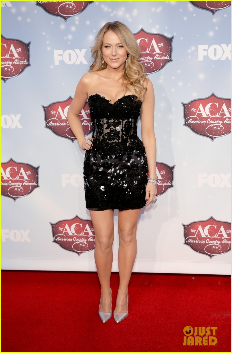 jewel sheryl crow acas 2013 red carpet 08