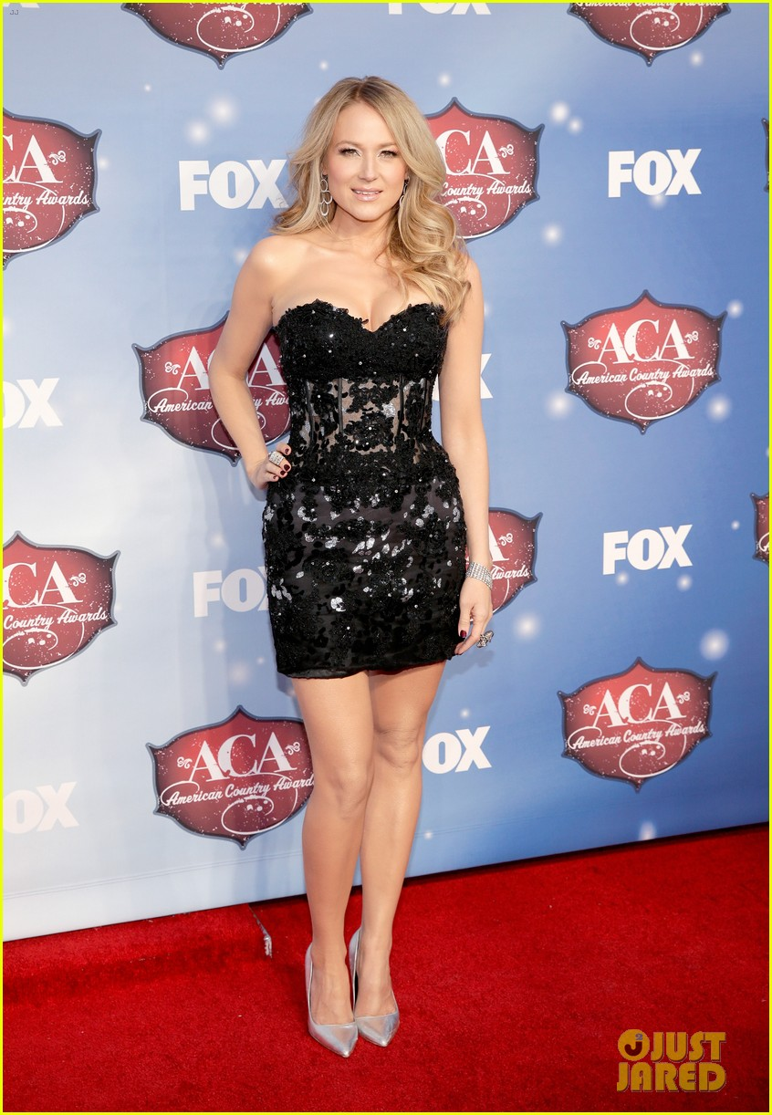 jewel sheryl crow acas 2013 red carpet 10