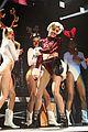 miley cyrus twerks on santa claus at kiis fm jingle ball 2013 07