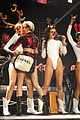 miley cyrus twerks on santa claus at kiis fm jingle ball 2013 12