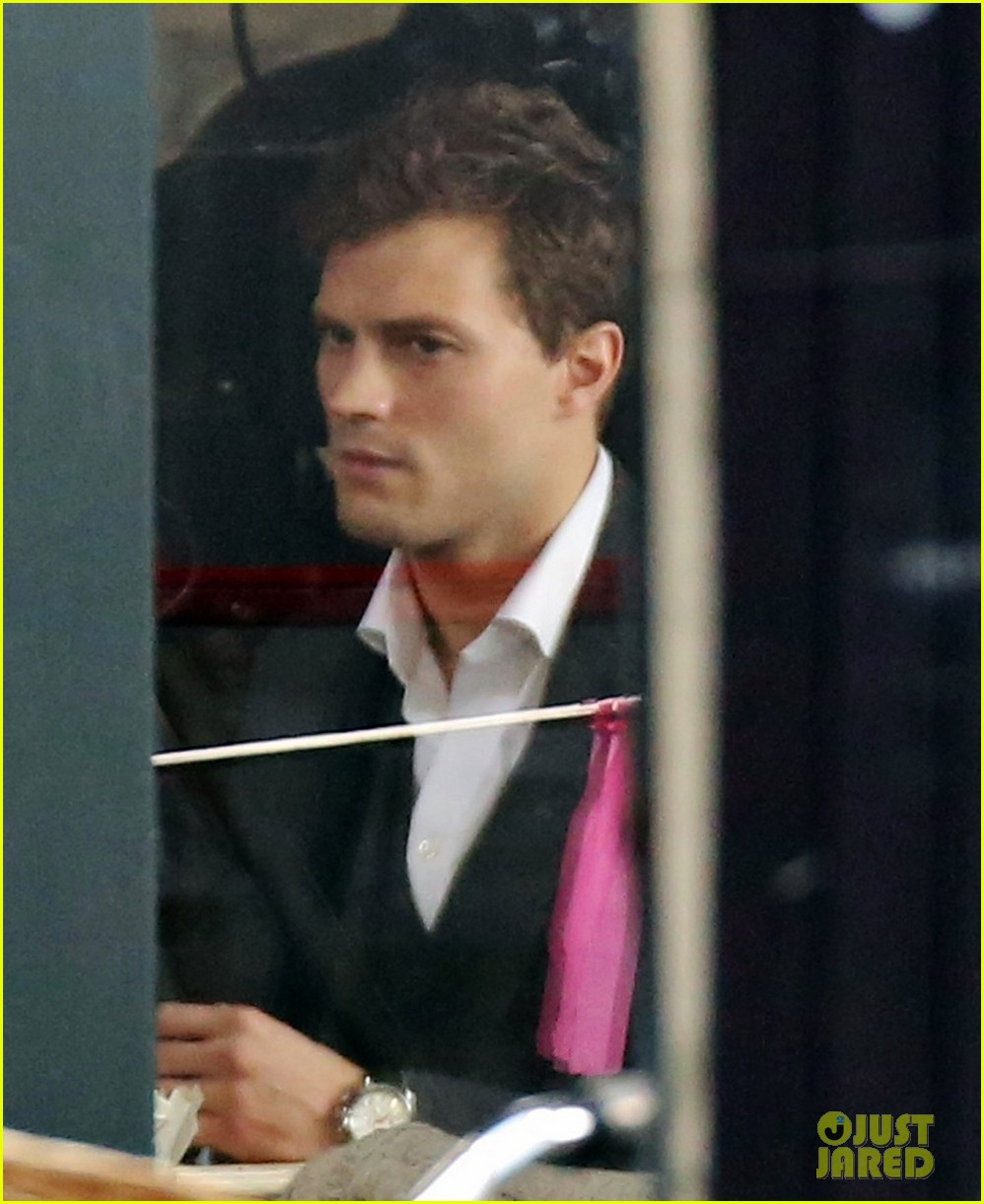 jamie dornan filming fifty shades of grey first photos on set 14
