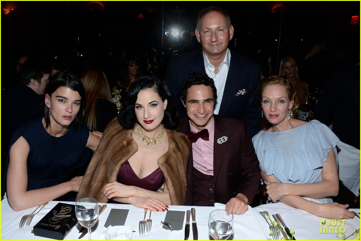 dita von teese uma thurman zac posen pre fall dinner 073010440