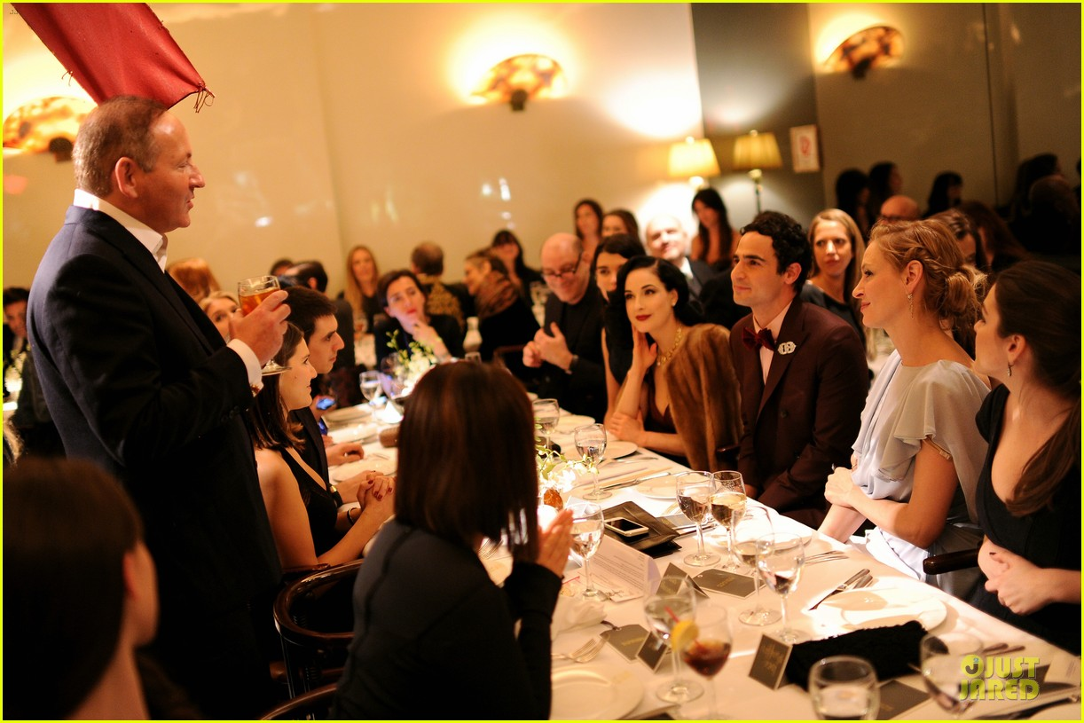 dita von teese uma thurman zac posen pre fall dinner 09
