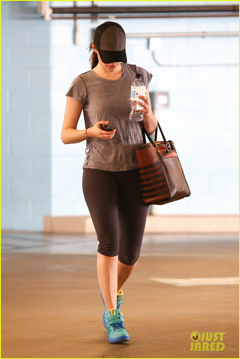 emmy rossum workout after long night rest 07