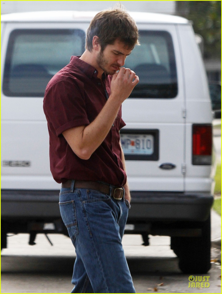 andrew garfield 99 homes set with michael shannon 19