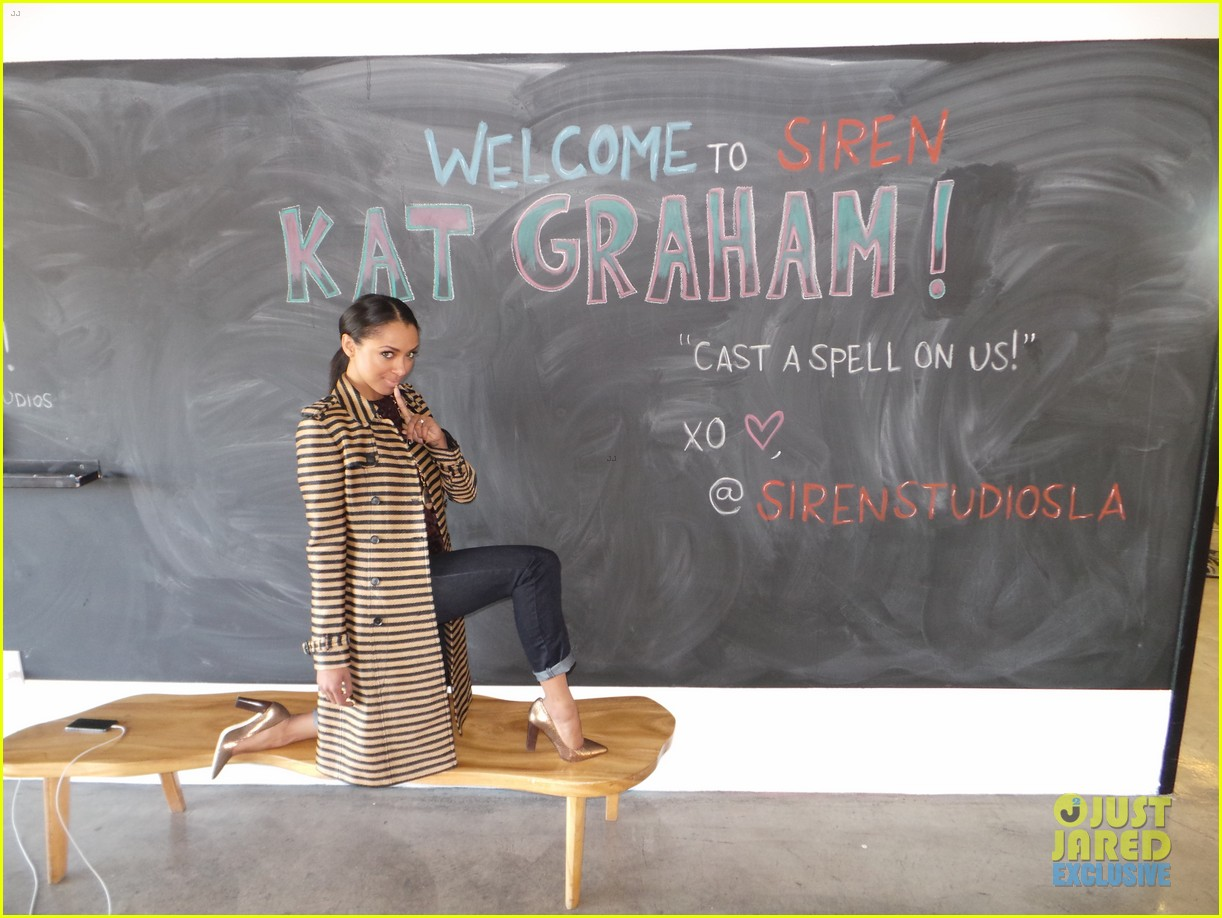 kat graham jj spotlight of the week behind the scenes pics 15