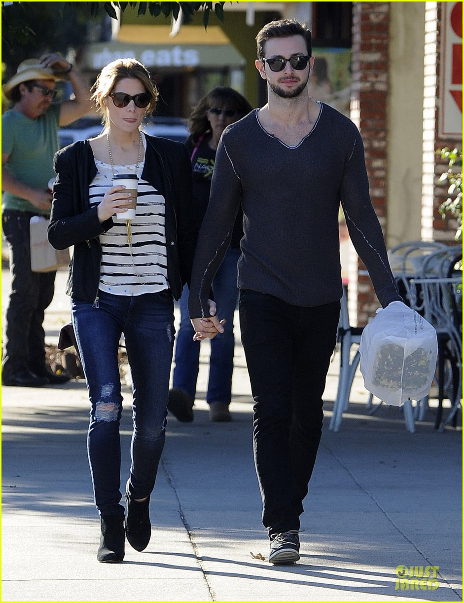 ashley greene paul khoury romancing the bean date 01