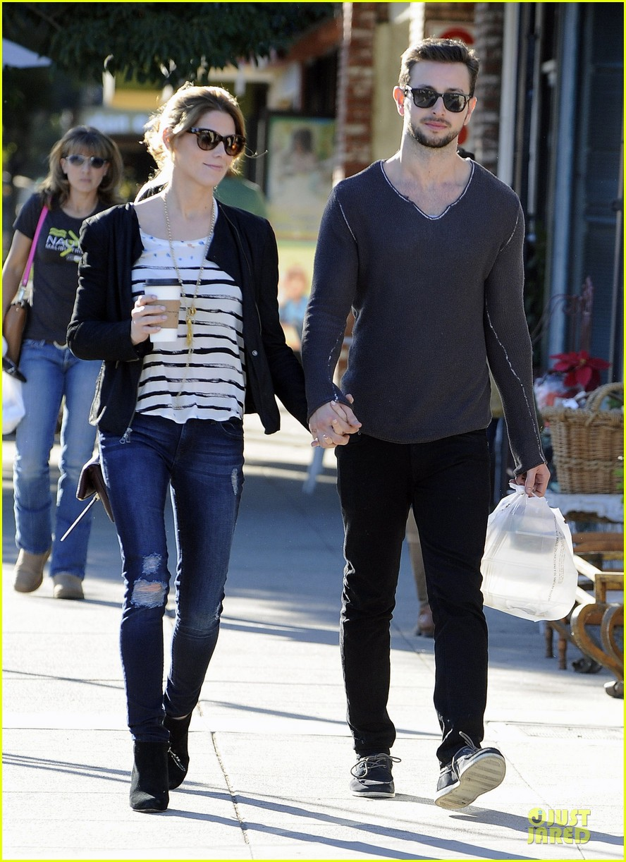 ashley greene paul khoury romancing the bean date 083012087