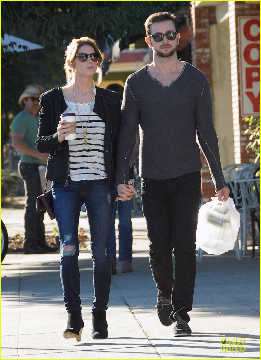 ashley greene paul khoury romancing the bean date 14