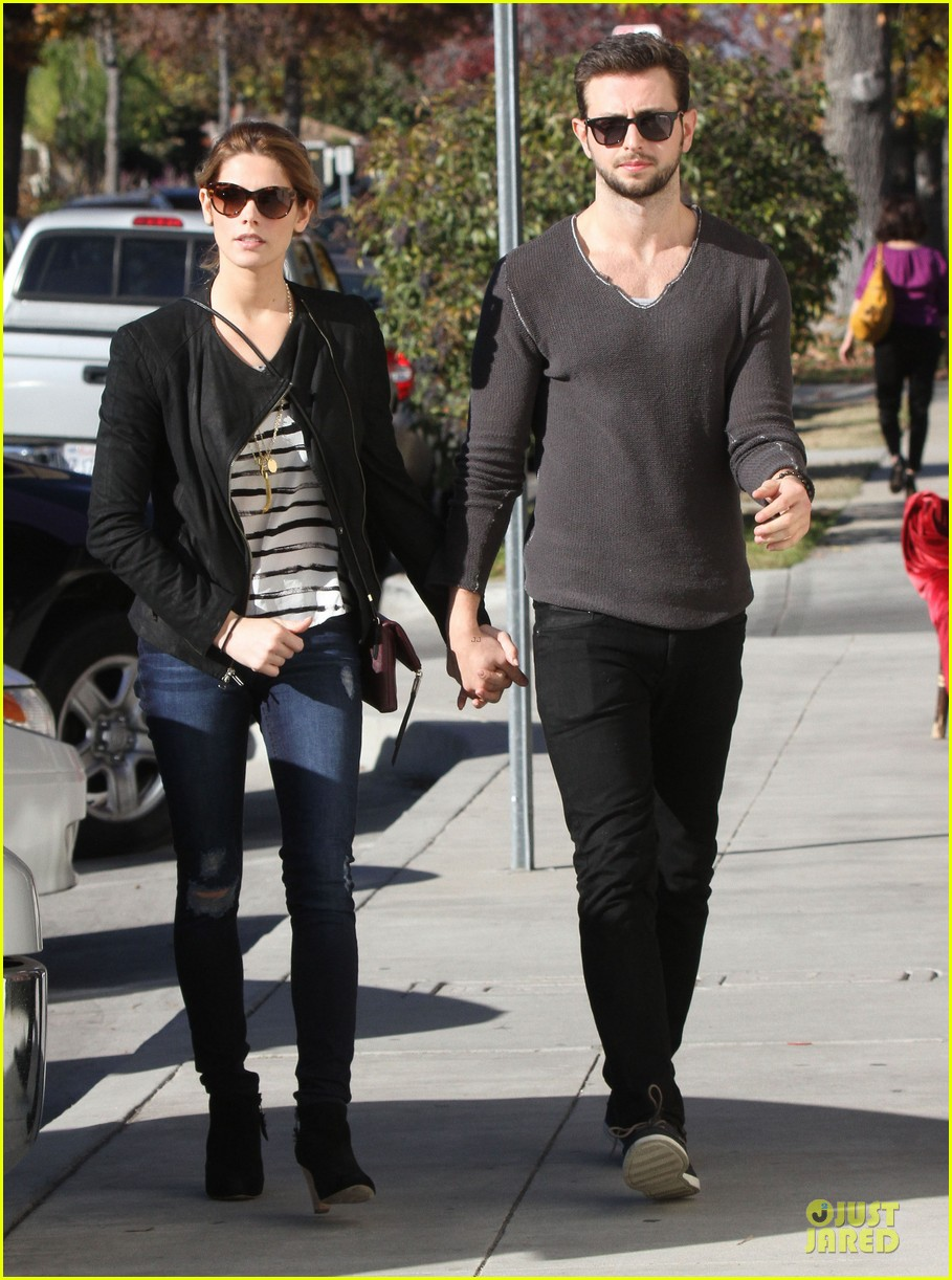 ashley greene paul khoury romancing the bean date 19