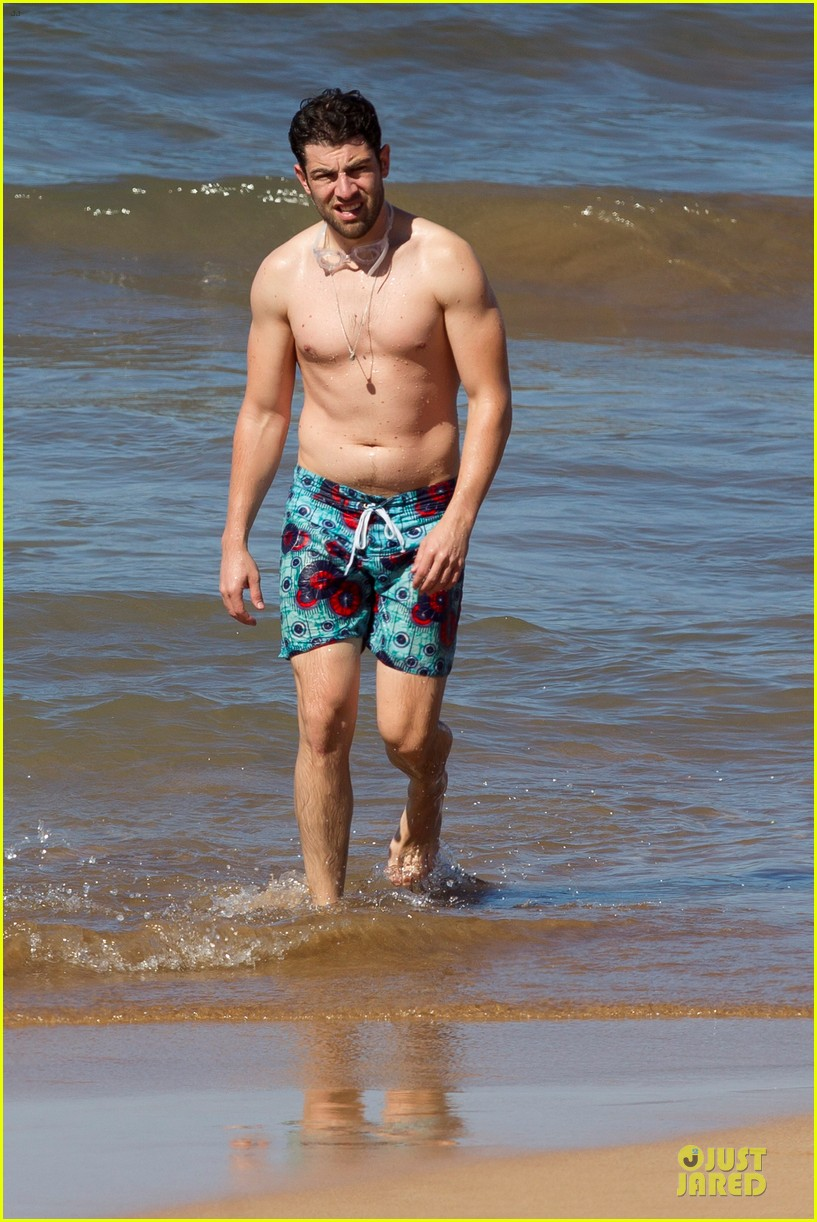 max greenfield shirtless vacation with bikini clad wife tess 073020273