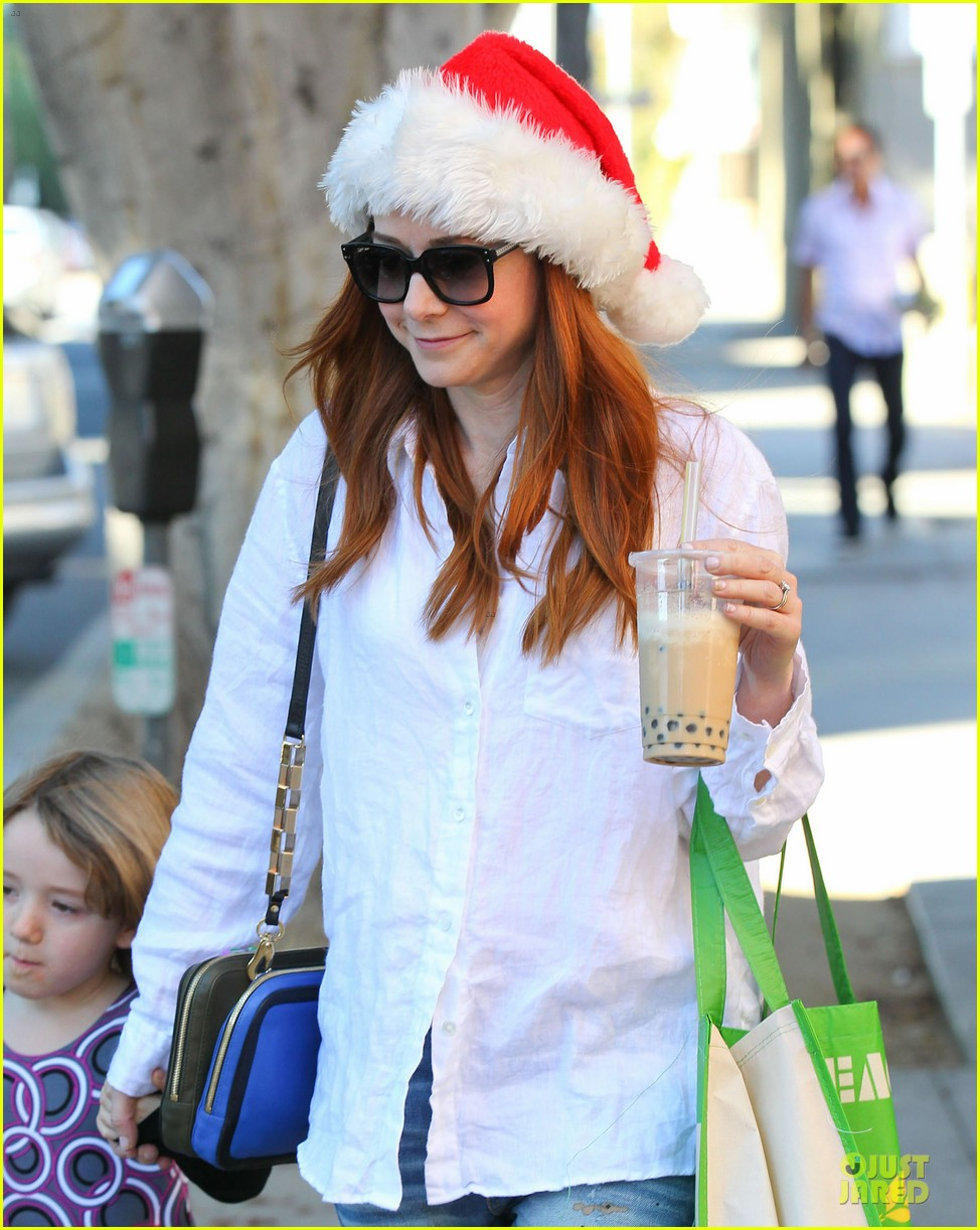 alyson hannigan sports santa hat on christmas eve 213017376