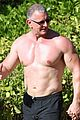 celebrity chef robert irvine goes shirtless in hawaii 06