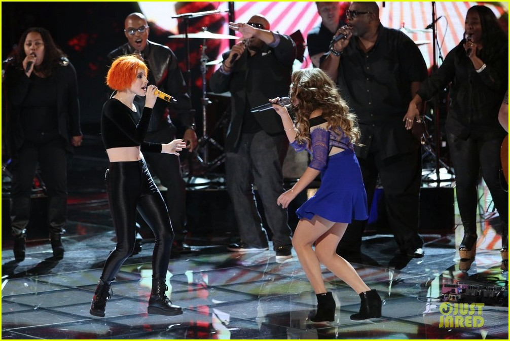 jacquie lee paramore the voice performance video 10