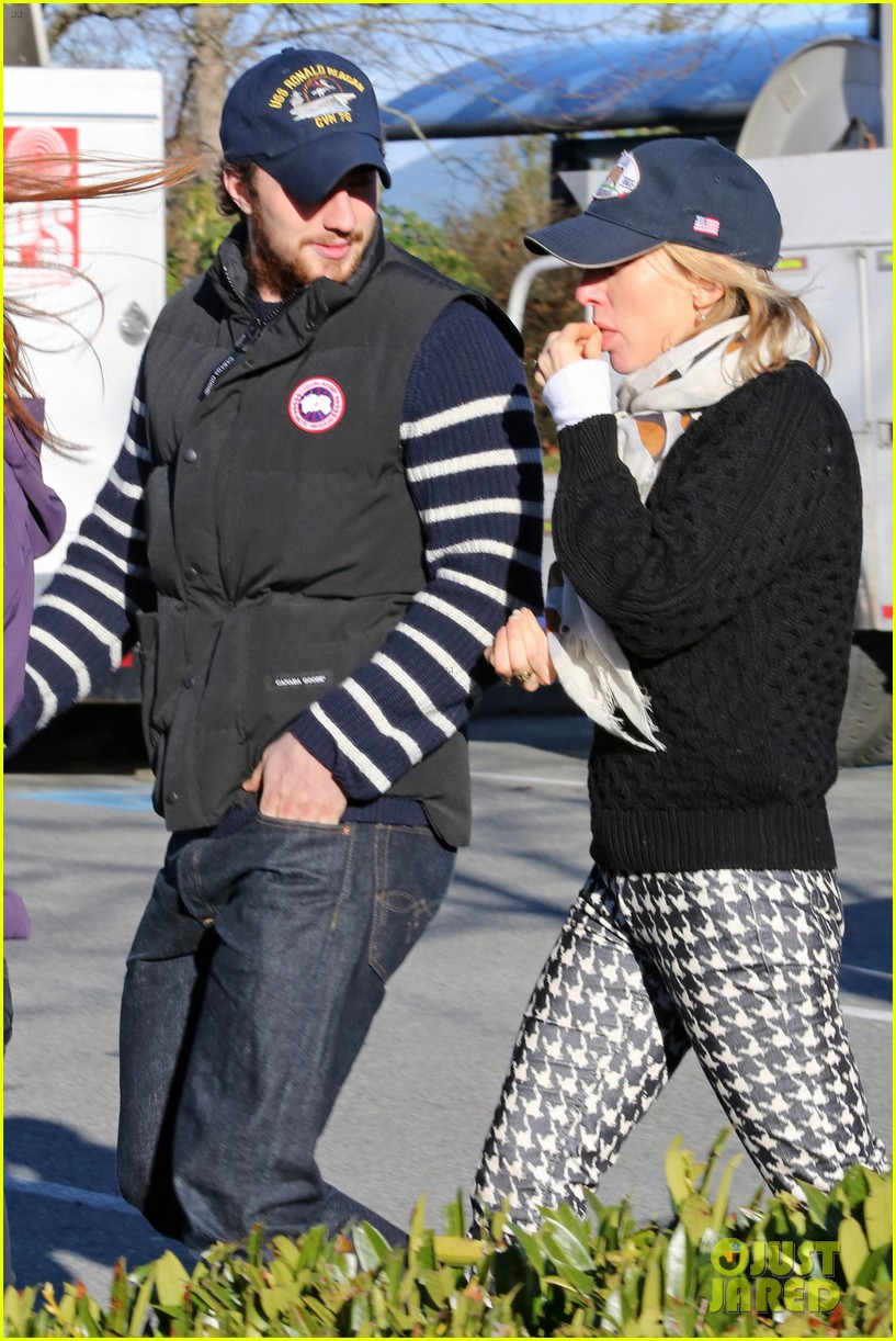 aaron taylor johnson wife sam take fifty shades break 06