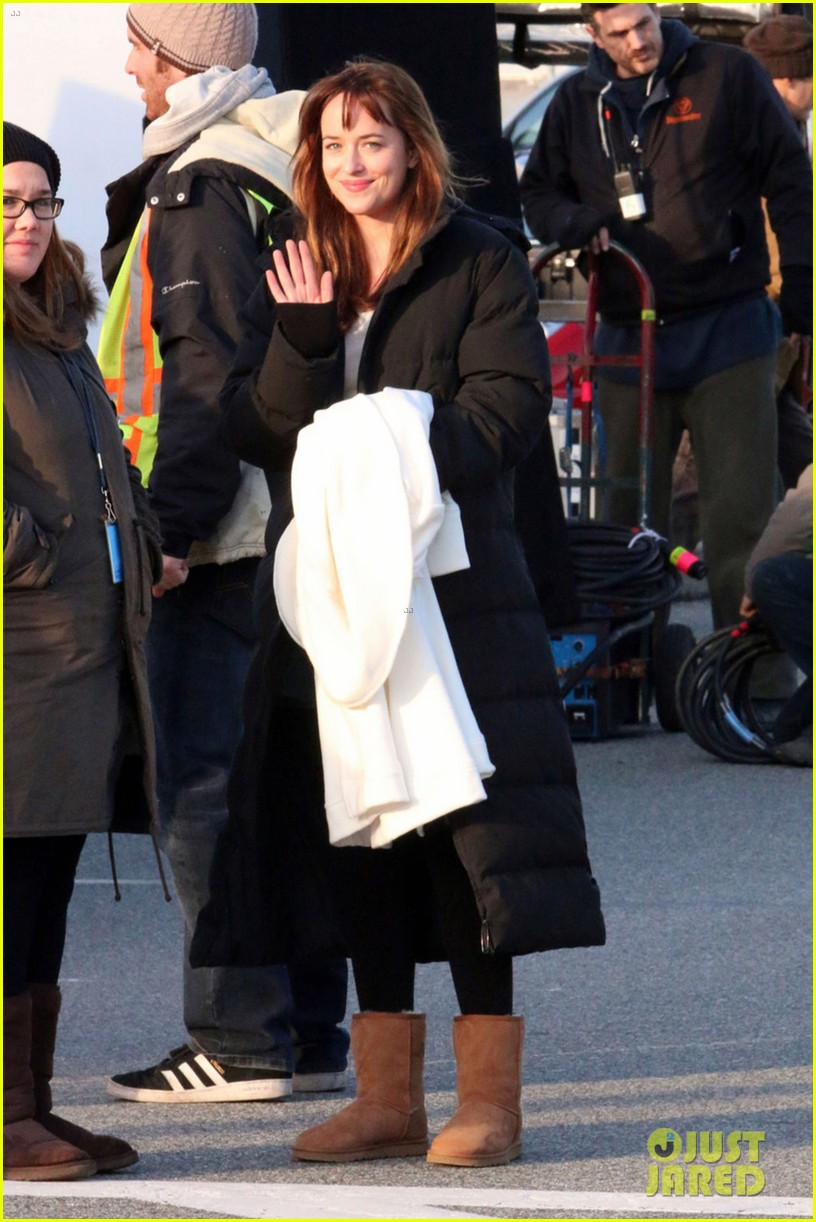 dakota johnson bundles up after filming fifty shades scene  053005762