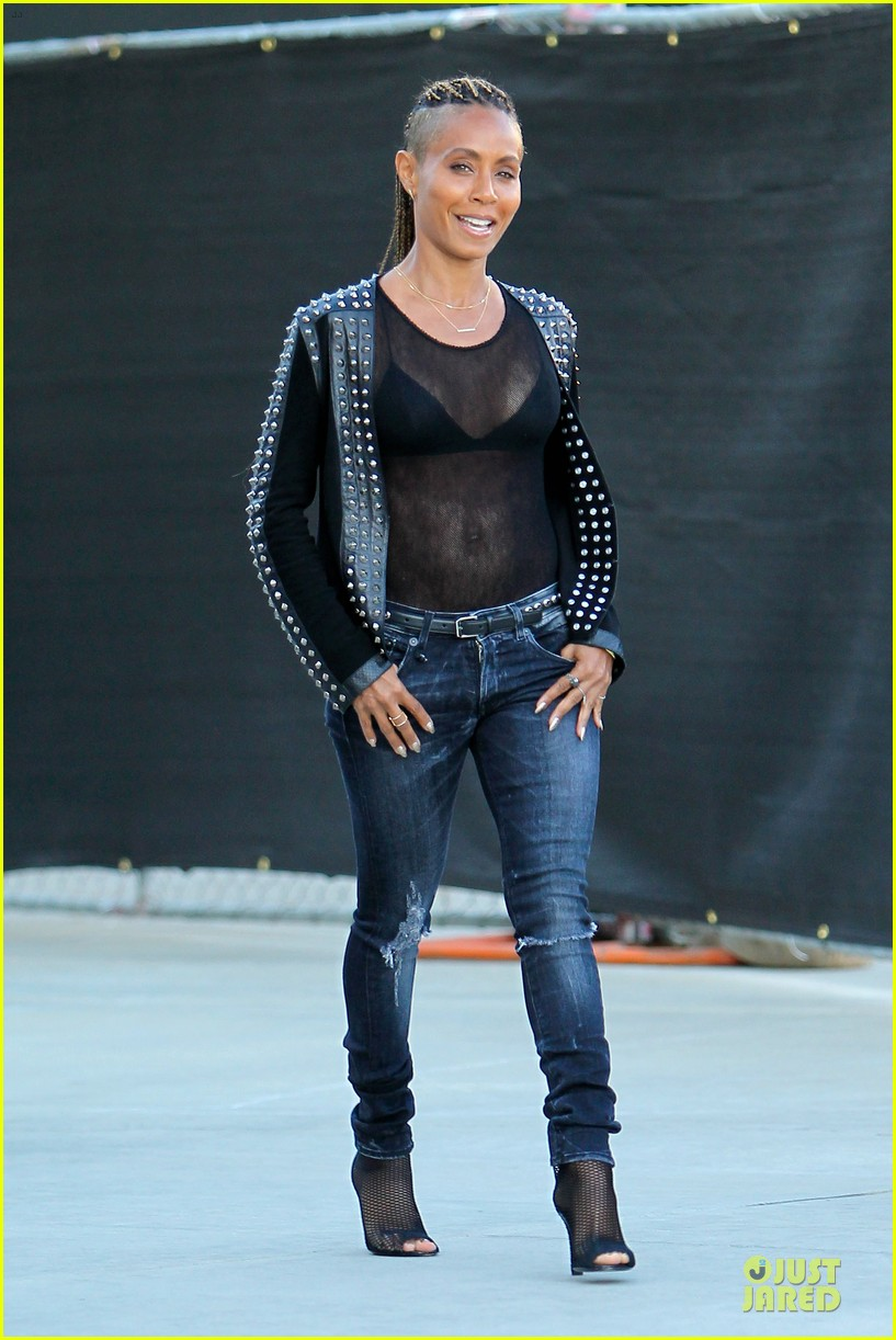 jada pinkett smith flashes black bra in sexy sheer top 063010278