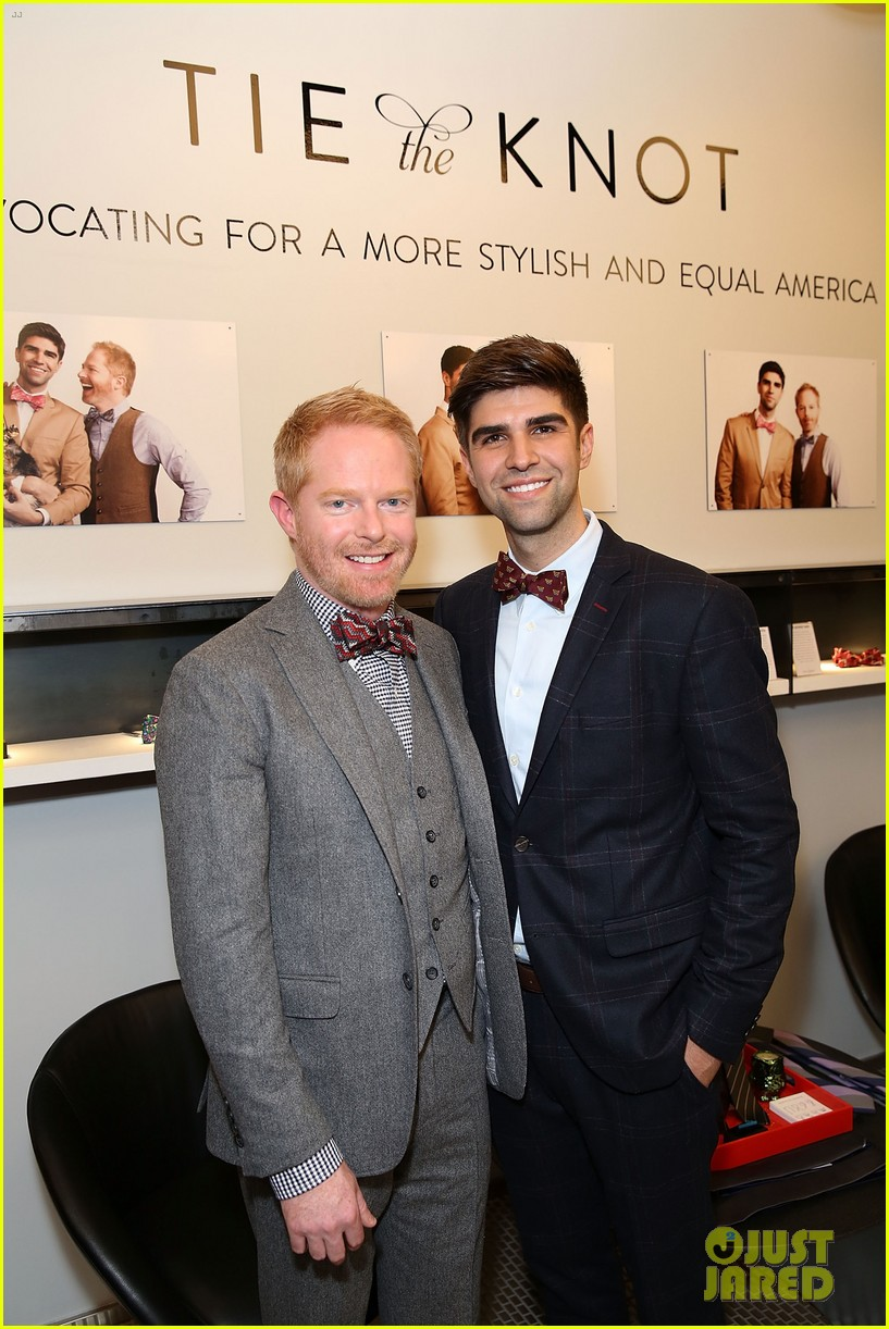 jesse tyler ferguson sofia vergara tie the knot pop up shop opening 11