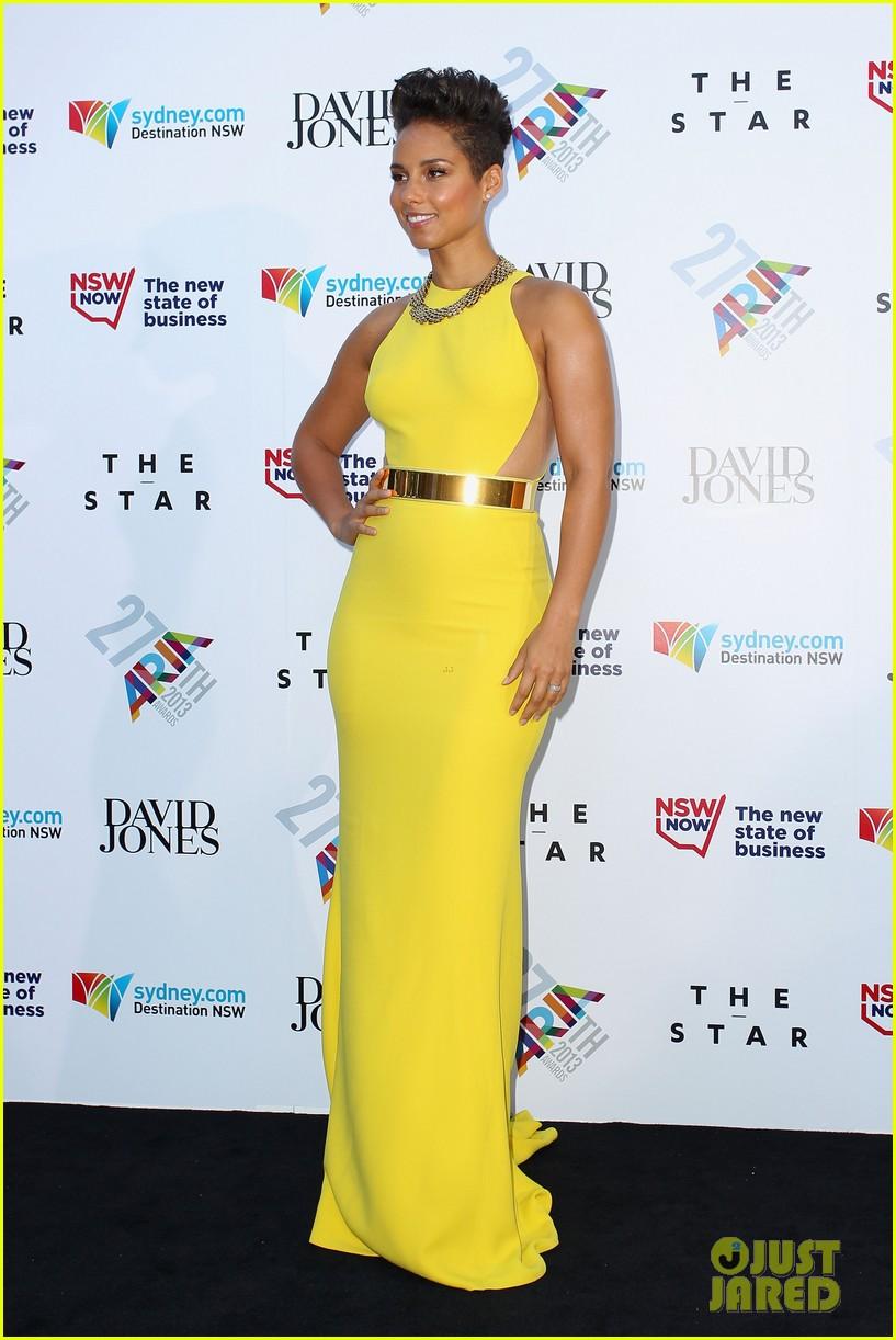 Alicia Keys Rocks Three Dresses At Aria Awards 2013
