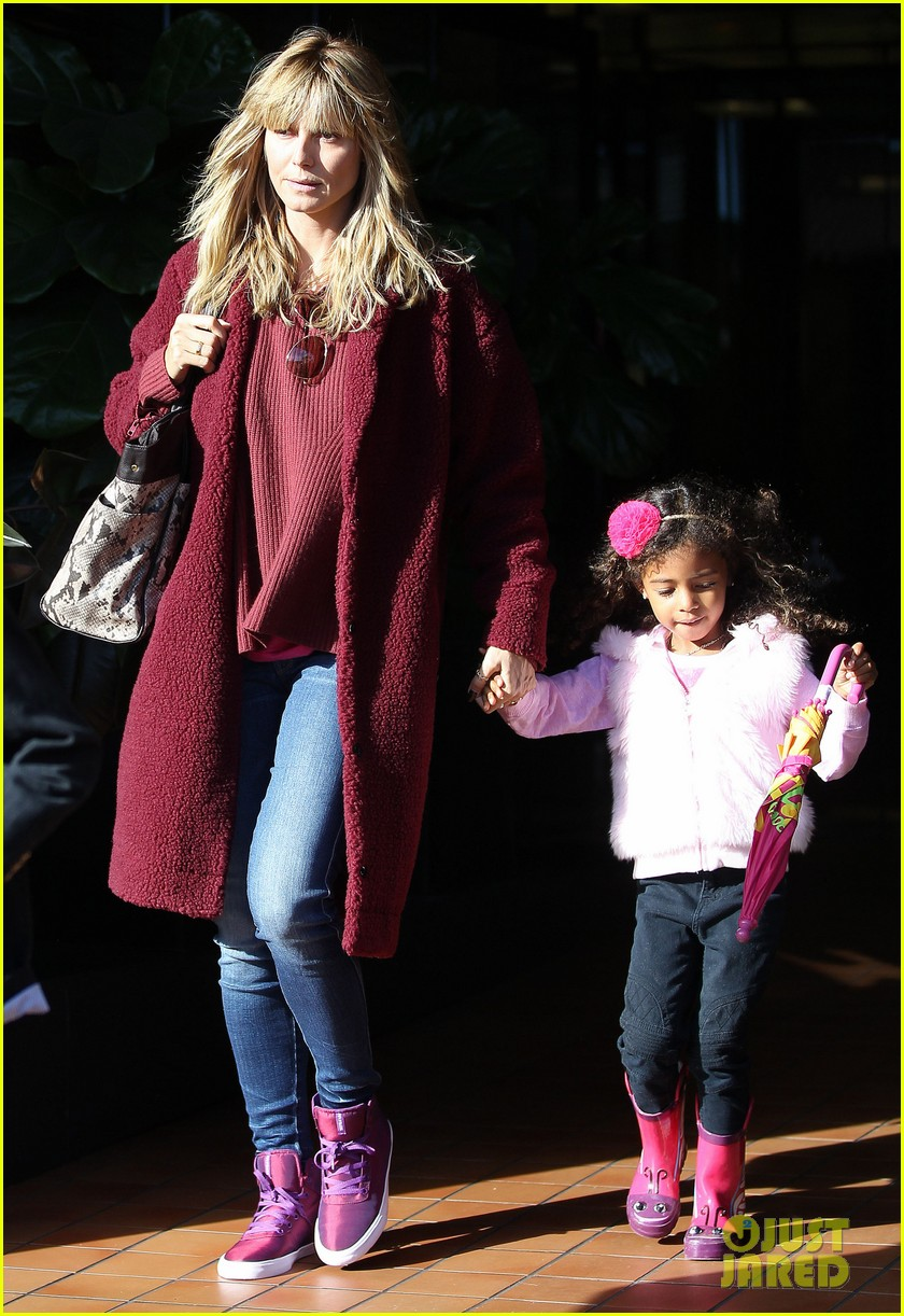 heidi klum spends weekend with her daughters 083007997