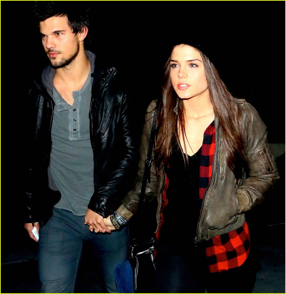 taylor lautner marie avgeropoulos jay z concert goers 02