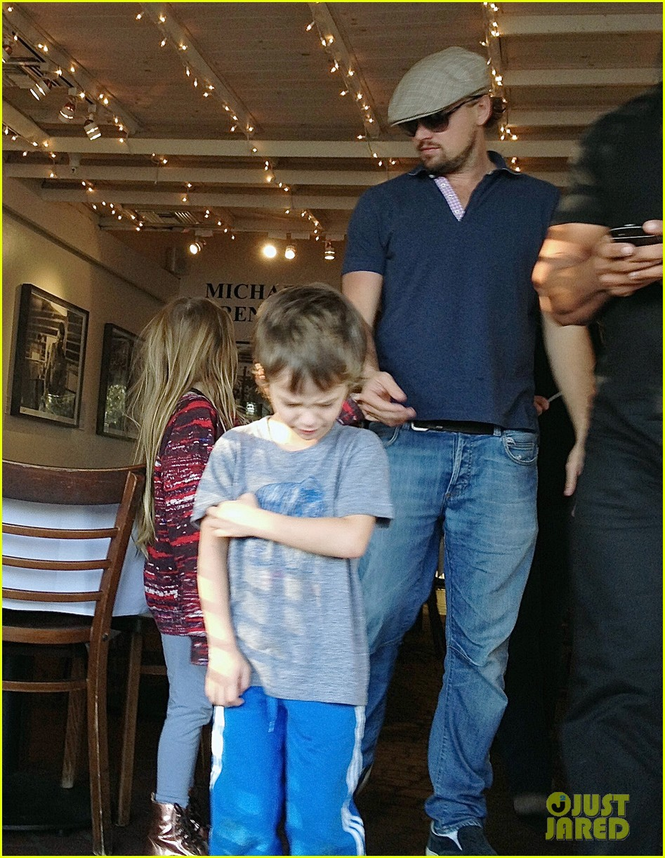 leonardo dicaprio hangs with tobey maguires kids 04