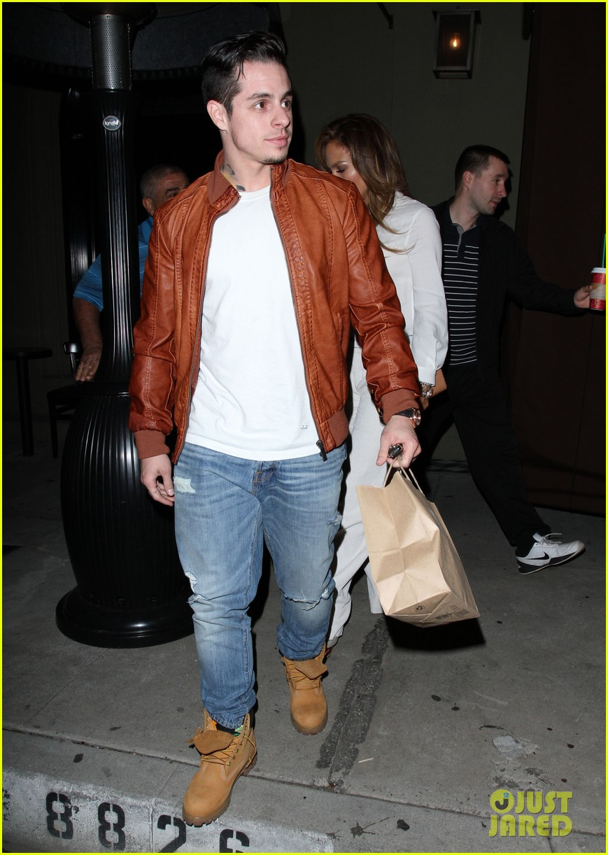 jennifer lopez casper smart craigs dinner date 083014099