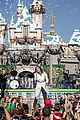 demi lovato sings let it go at disney christmas parade video 03