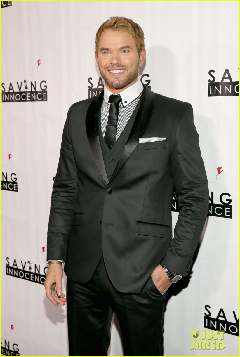 kellan lutz saving innocence gala with keke palmer 06