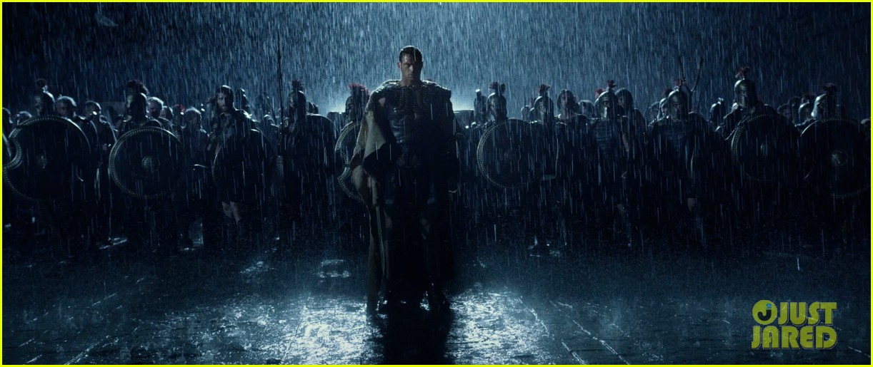 kellan lutz is shirtless sexy for new legends of hercules trailer 263011490